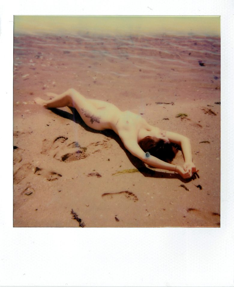 Mathilde Biron, Film photographer based in Paris !